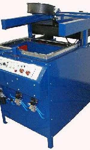 Máquina vacuum forming